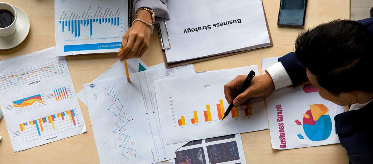 cómo se gestionan los riesgos estratégicos en una organización