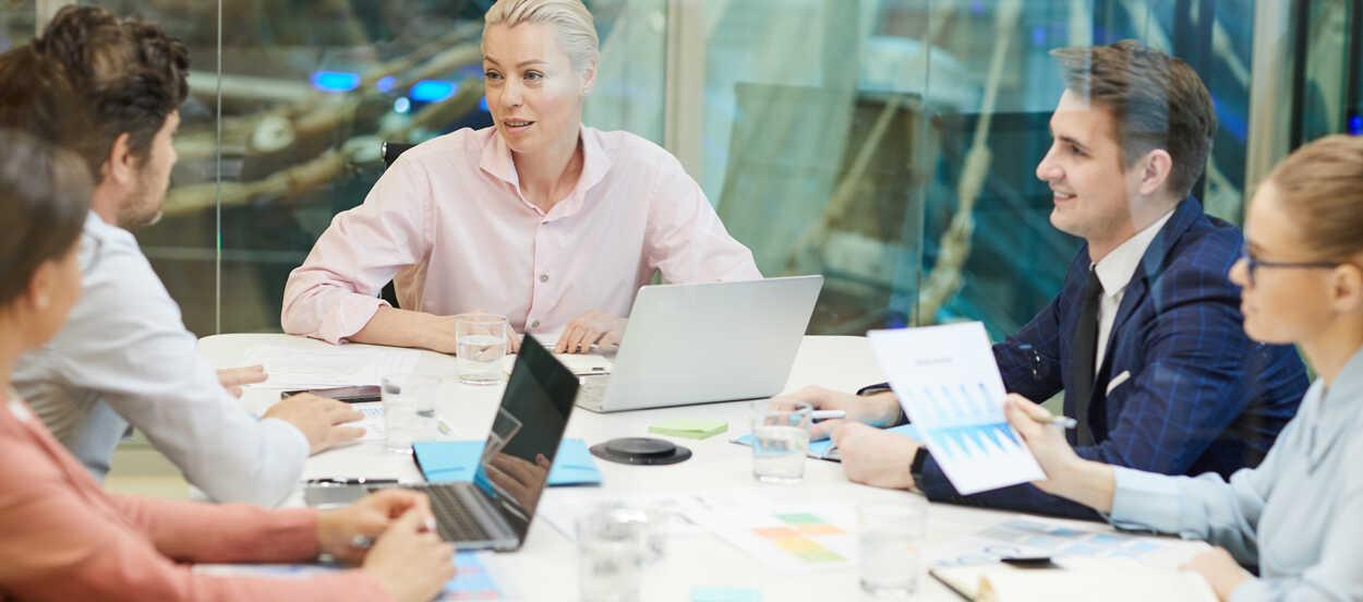 El liderazgo en la norma ISO 9001 viene recogido en su capítulo 5