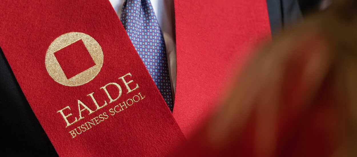 El MBA de EALDE cuenta con plazas y becas disponibles.