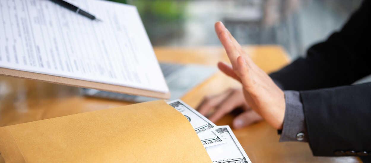 Un sistema de gestión antisoborno hace que las organizaciones puedan prevenir o detectar fácilmente un soborno
