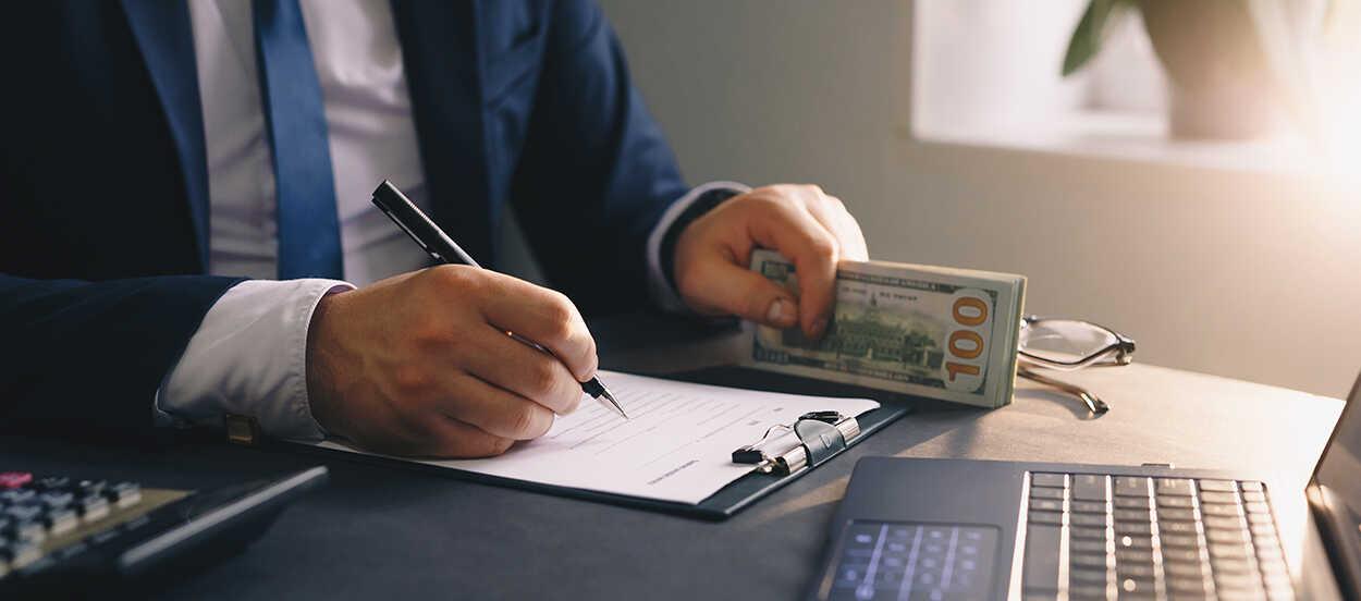 Las unidades de inteligencia financiera son entidades que investigan, analizan y comunican a las autoridades cualquier indicio de fraude en las organizaciones respecto al blanqueo de capitales o financiación del terrorismo