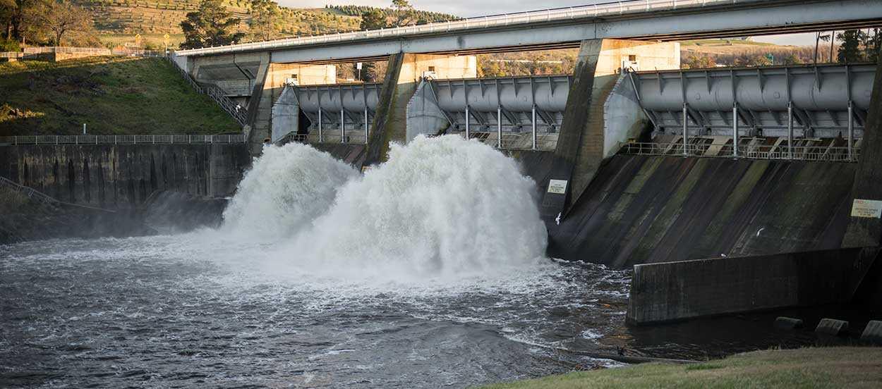 La energía hidráulica cubre aproximadamente el 20% de la demanda total de electricidad a nivel global.